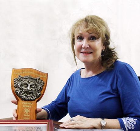 Silvia-Káter-premio